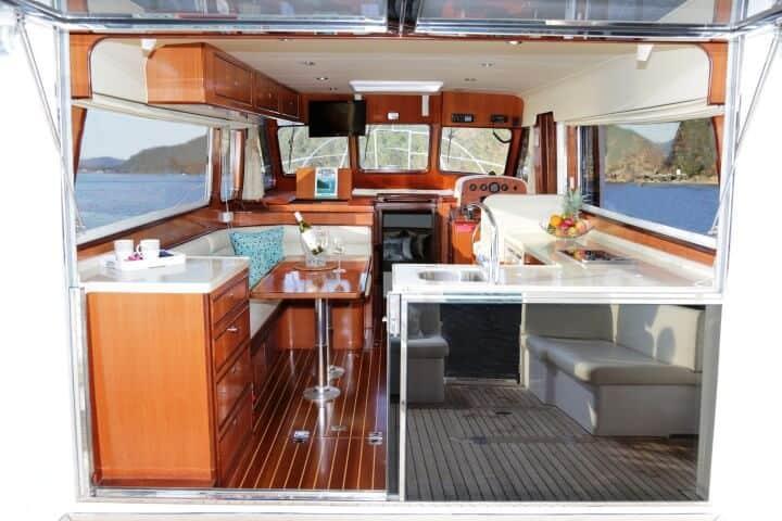 380 Sedan Saloon and Galley