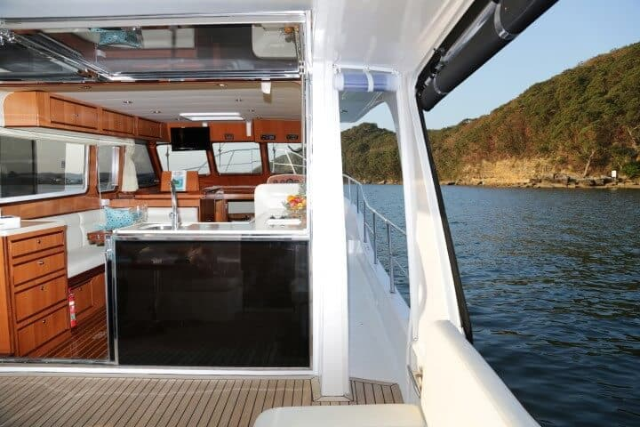 380 Sedan side decks